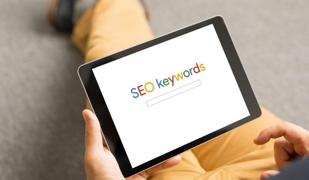 3 modi per cercare parole chiave con Google